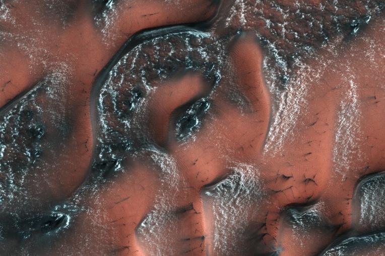 Snow on Mars